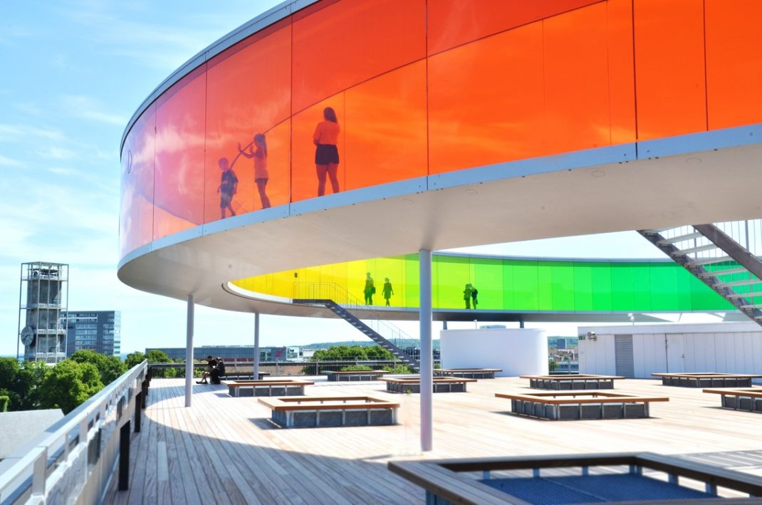 Your Rainbow Panorama d'Olafur Eliasson au ARoS Aarhus Kunstmuseum