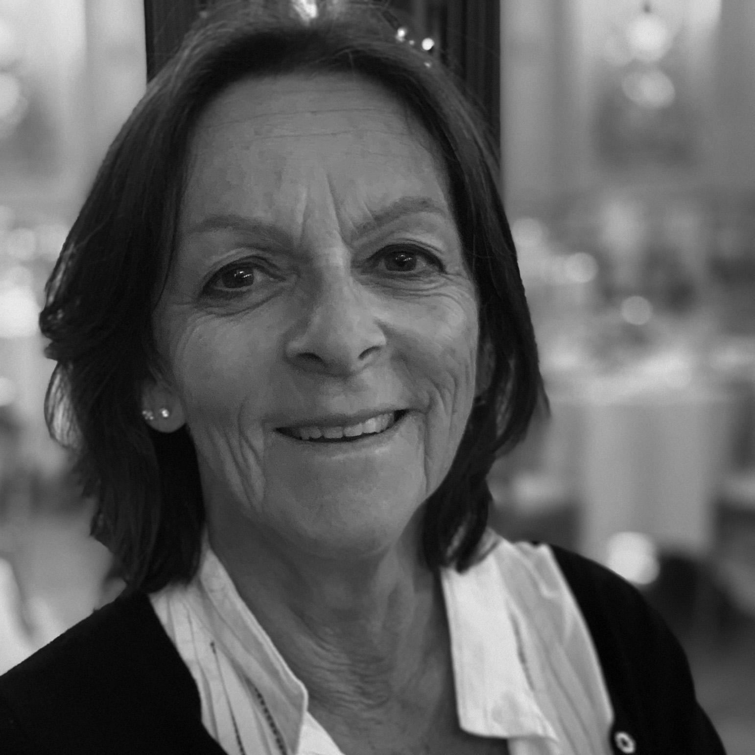 Martine Debette